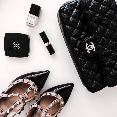 luxury fashion instagram flatlay with chanel bag and valentino rockstud shoes