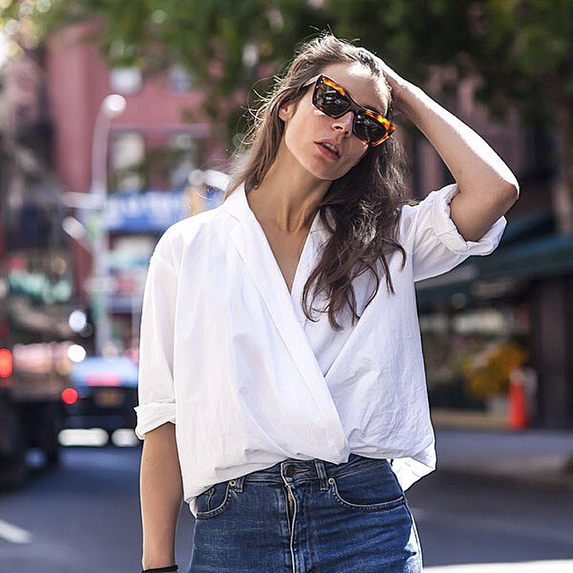 wrap and tuck shirt trend