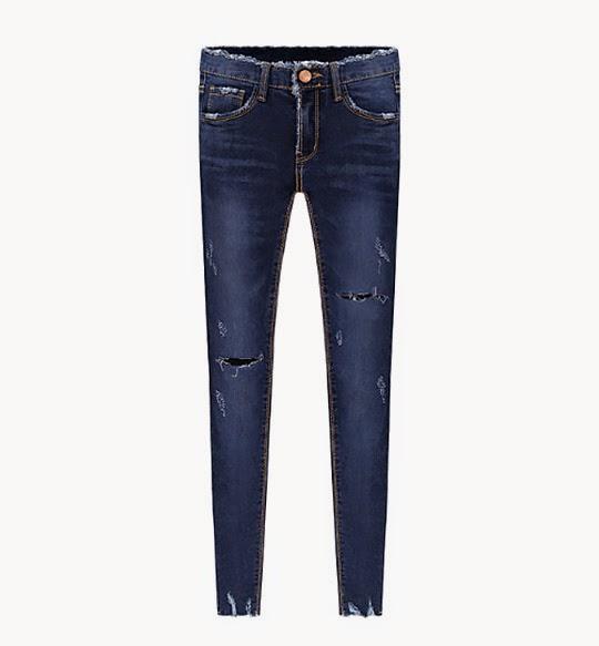 http://www.stylemoi.nu/frayed-edge-dark-wash-skinny-jeans.html