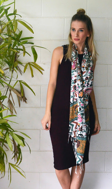 Fall scarf style