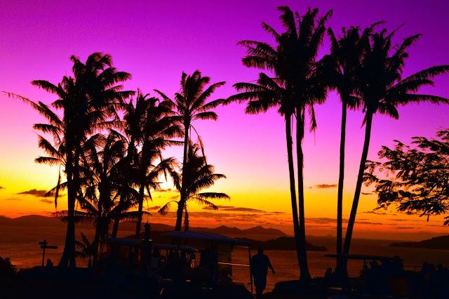 sunset hamilton island