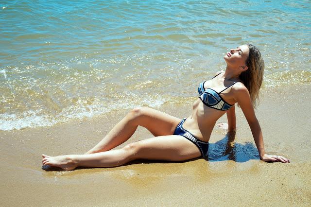 denim bikini style
