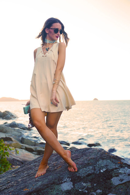 The Look: Sandy Dresses & Sandy Shores