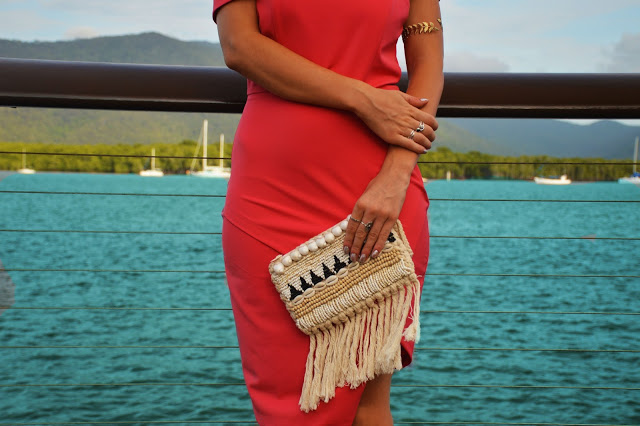 shell tassel clutch bag blogger outfit details