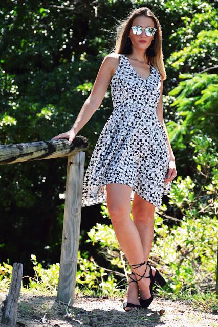 summer outfit floral monochrome dress black tassel earrings