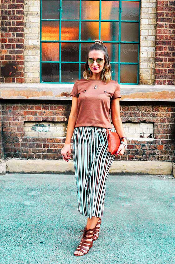 how to wear culottes like a street style fashion blogger zara striped culottes wedge heels