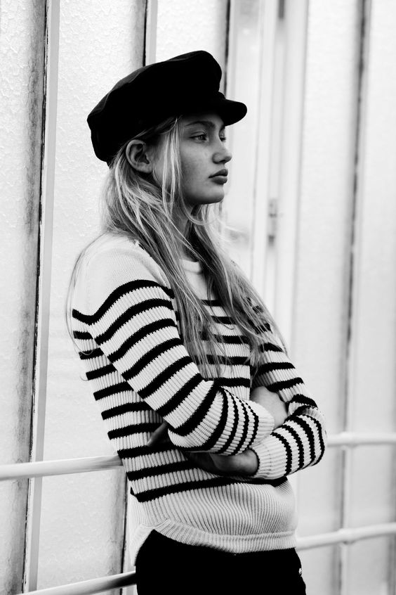 nautical fashion look striped jumper captains hat