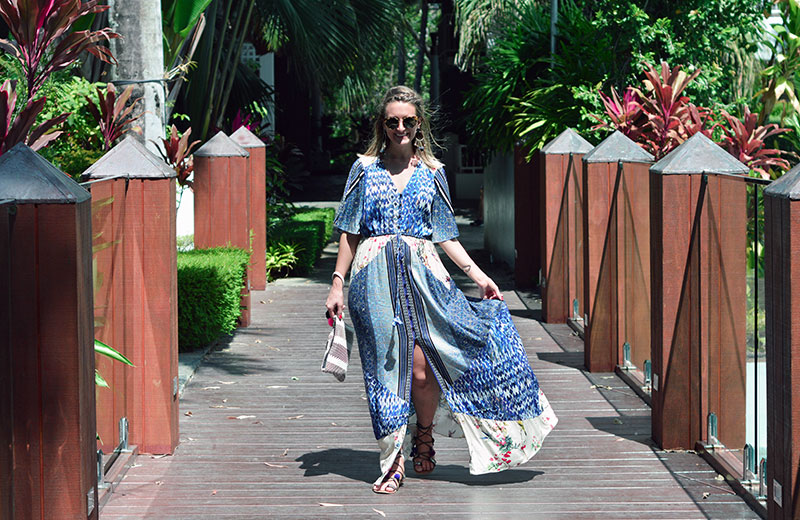fashion blogger summer outfit blue boho maxi dress for beach holiday at palm cove cairns