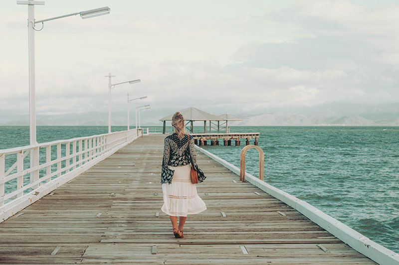 magnetic island instagram fashion travel photo picnic bay jetty