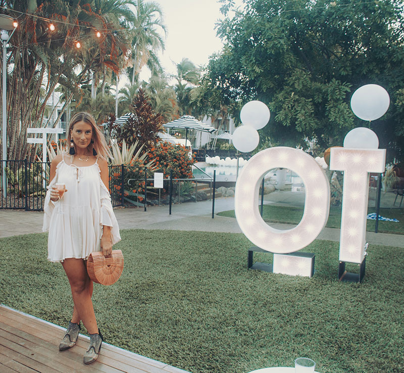 cute boho outfit spell florence mini dress basket bag australian fashion blogger at QT port douglas